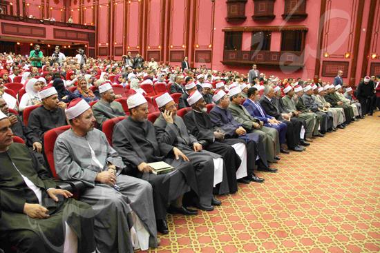 الاحتفال بالفائزين فى مسابقة تحدى القراءة العربية (8)
