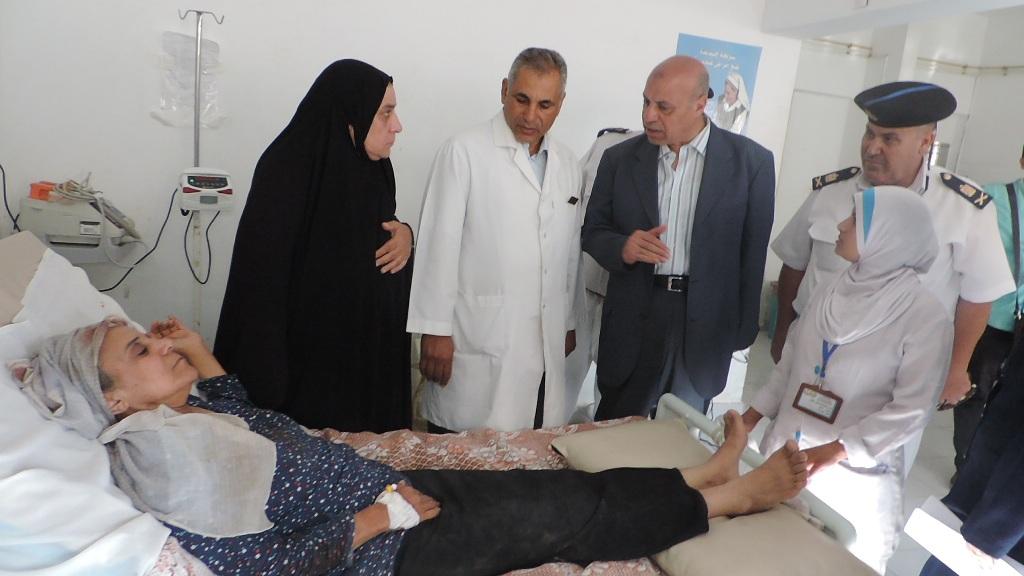 مدير أمن مطروح يزور مصابي حادث الأتوبيس  (5)