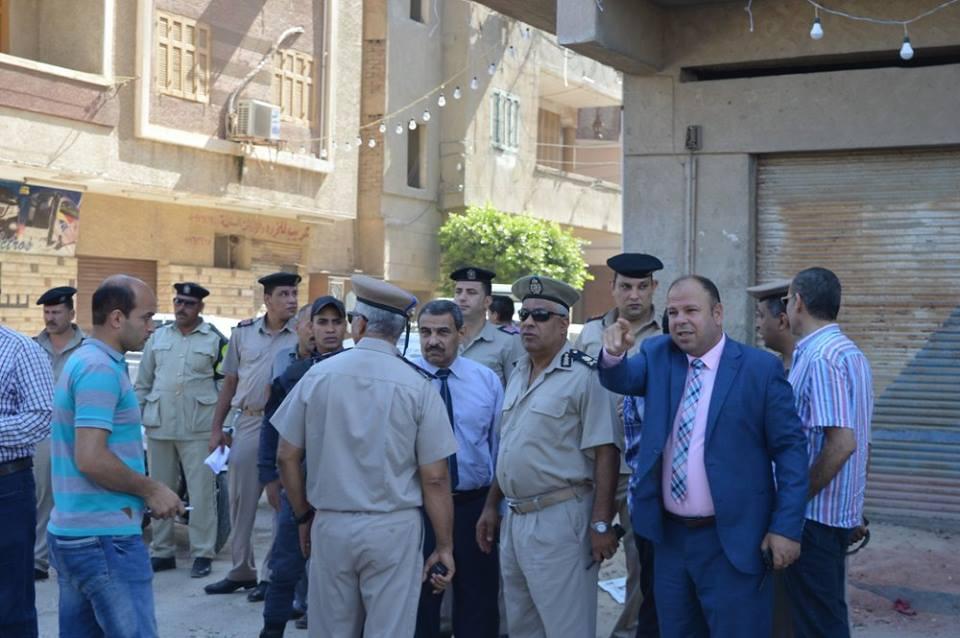5- قوات الامن تتابع عملية الإزالة