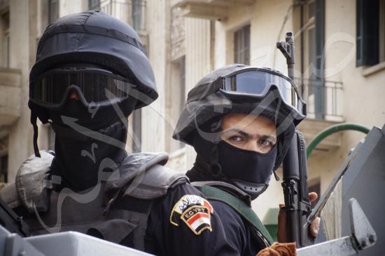 مدير أمن القاهرة يتفقد الخدمات الأمنية ويهنئ المواطنين بالمتنزهات (7)