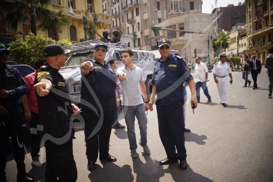 مدير أمن القاهرة يتفقد الخدمات الأمنية ويهنئ المواطنين بالمتنزهات (3)