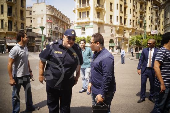 مدير أمن القاهرة يتفقد الخدمات الأمنية ويهنئ المواطنين بالمتنزهات (2)
