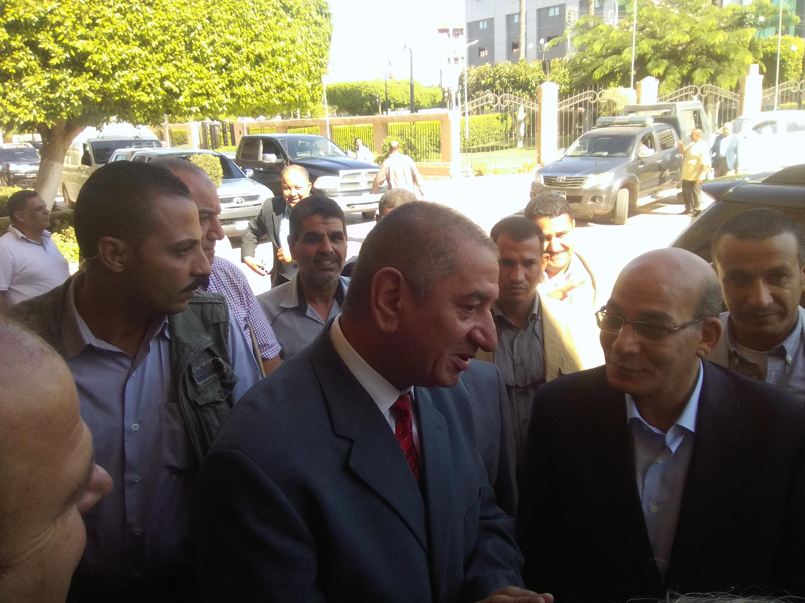محافظ كفر الشيخ يستقبل وزير الزراعة  (2)