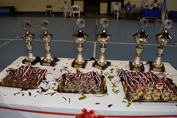 توزيع جوائز (1)