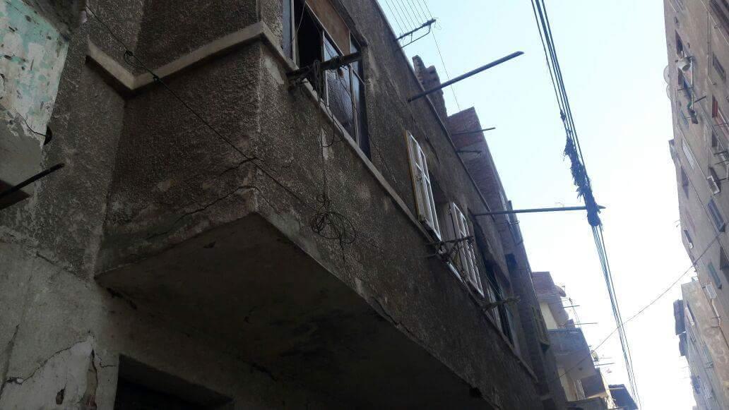 سقوط سقف عقار بدمنهور (1)