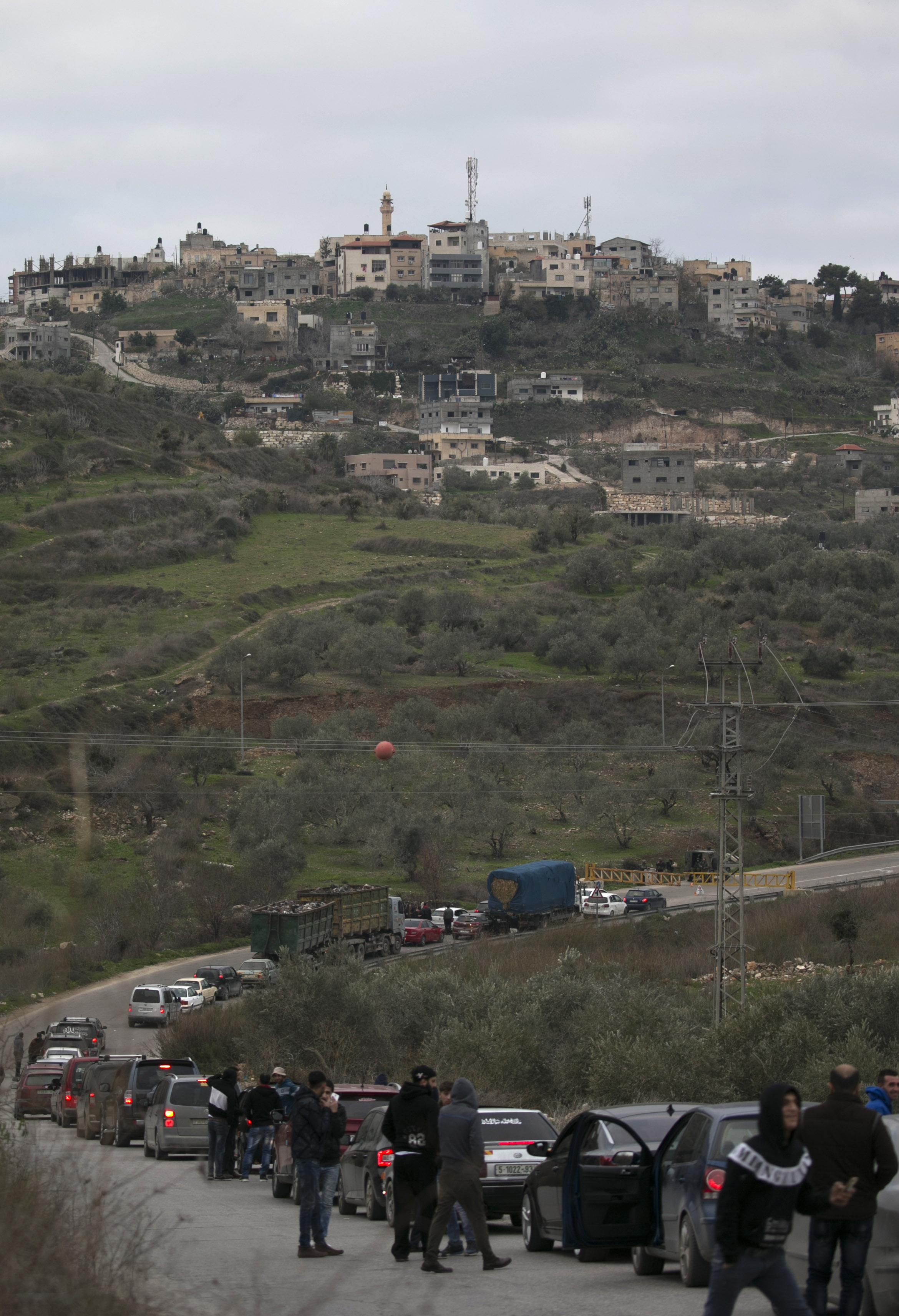 صور قوات الاحتلال تحاصر نابلس (5)
