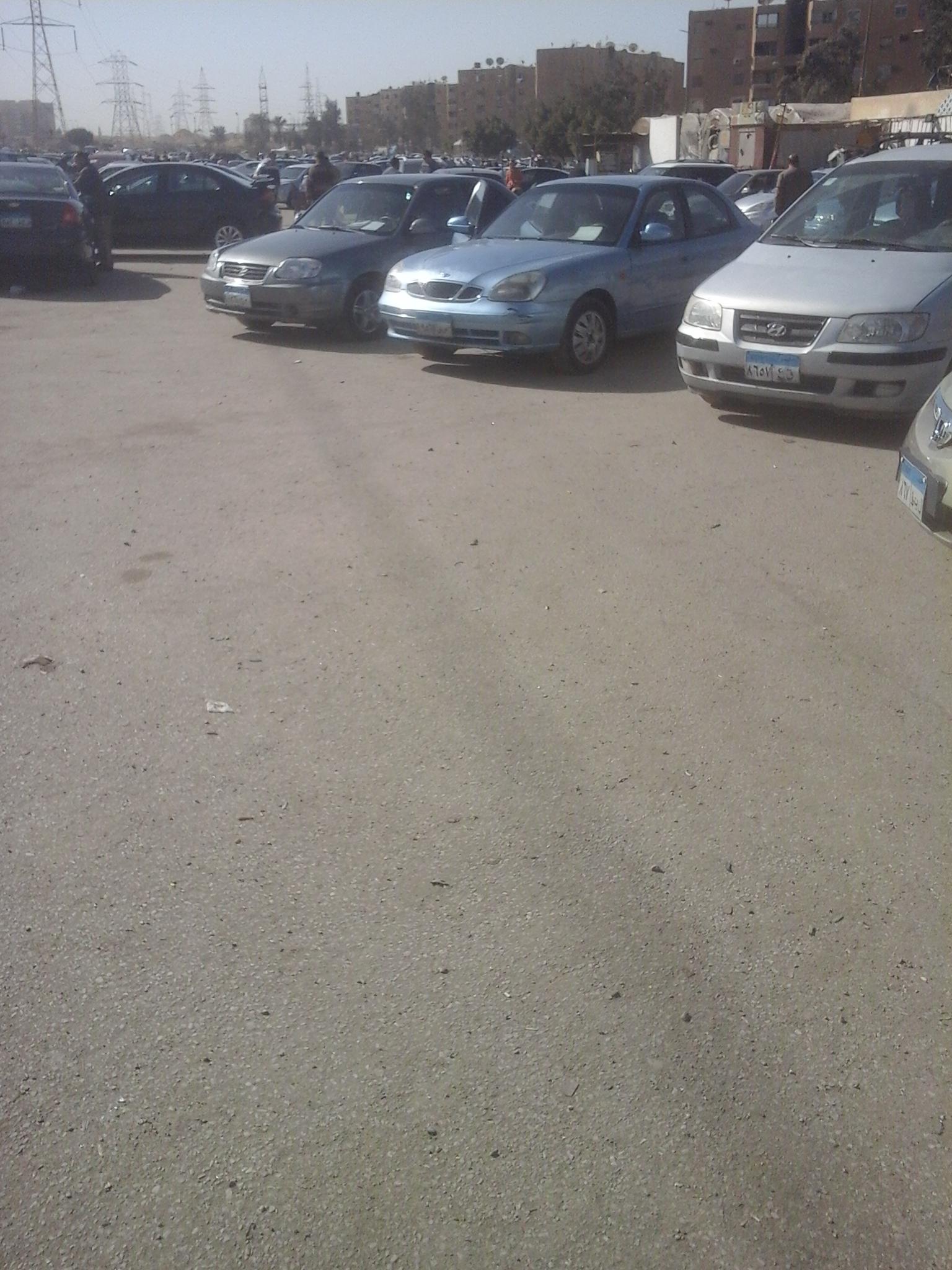 سيارات مستعملة تتزين لاستقبال الزبائن