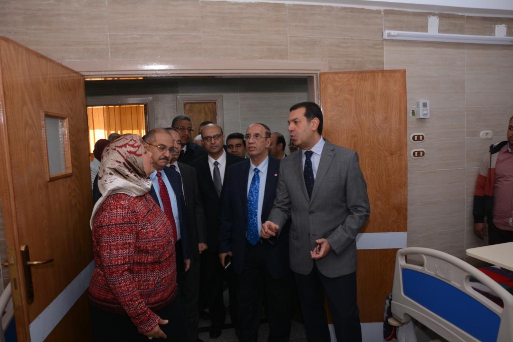 قريبًا افتتاح أكبر مستشفي متخصص في الإصابات والطوارئ فى أسيوط (11)