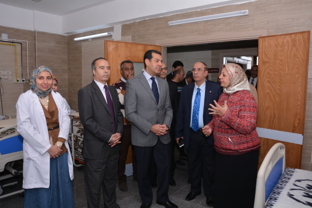 قريبًا افتتاح أكبر مستشفي متخصص في الإصابات والطوارئ فى أسيوط (13)