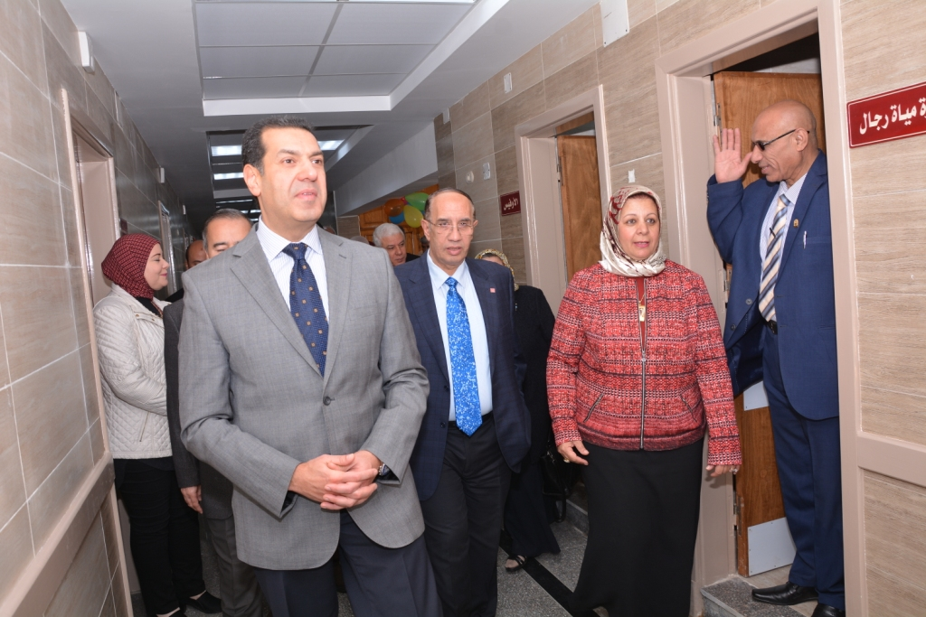 قريبًا افتتاح أكبر مستشفي متخصص في الإصابات والطوارئ فى أسيوط (12)