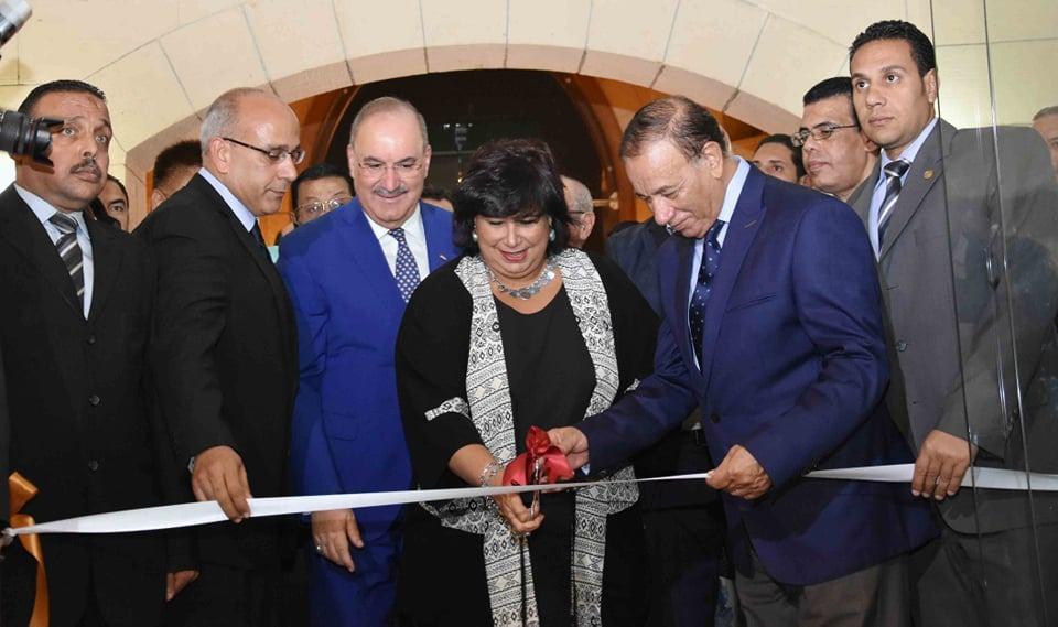 الدكتورة ايناس عبد الدايم وزير الثقافة  (1)
