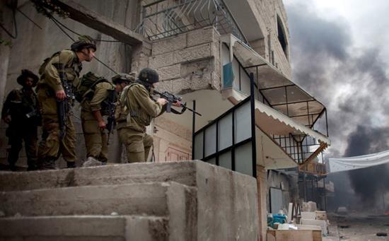 جنود الاحتلال في بلدة كفر الديك (4)