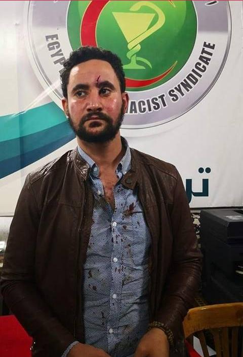 اعتداء بلطجية محىى عبيد على الصحفيين