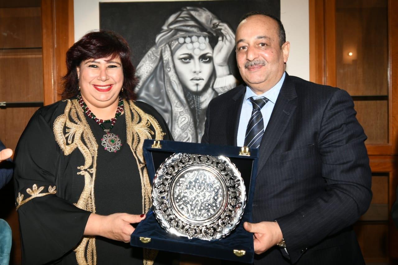الدكتورة إيناس عبد الدايم وزيرة الثقافة (9)