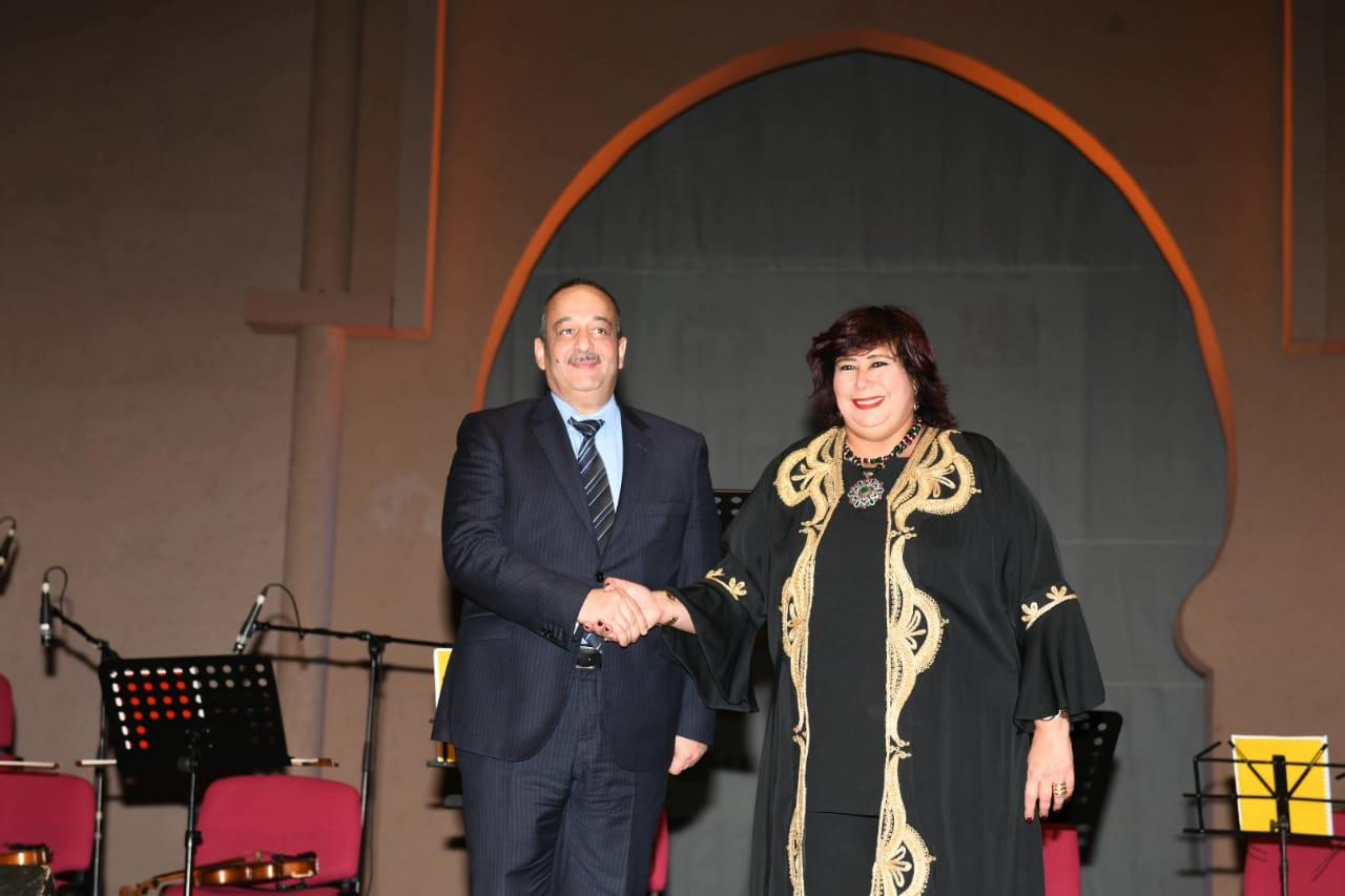 الدكتورة إيناس عبد الدايم وزيرة الثقافة (8)