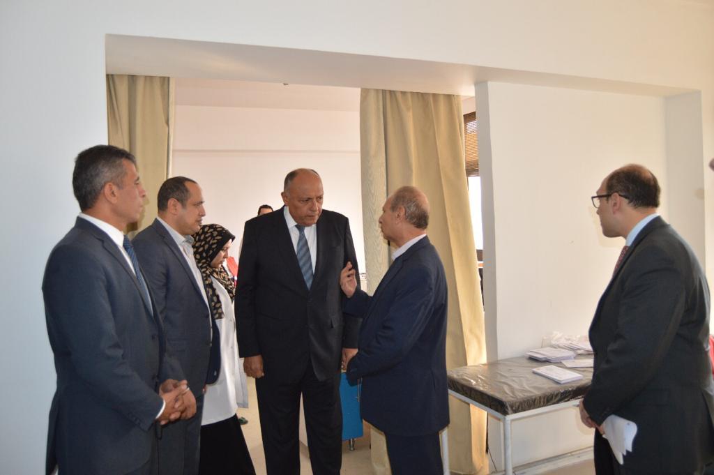 وزير الخارجية يشارك في مبادرة 100 مليون صحة (4)