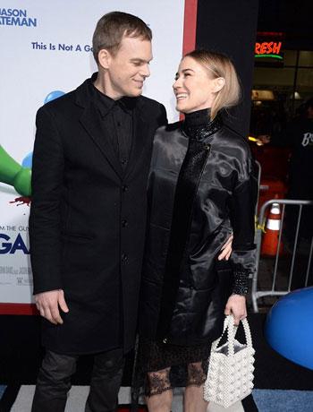 أناقة جيسون بيتمان وزوجته (5)