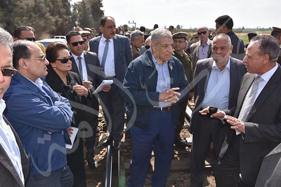 هشام عرفات وناديه عبده (2)