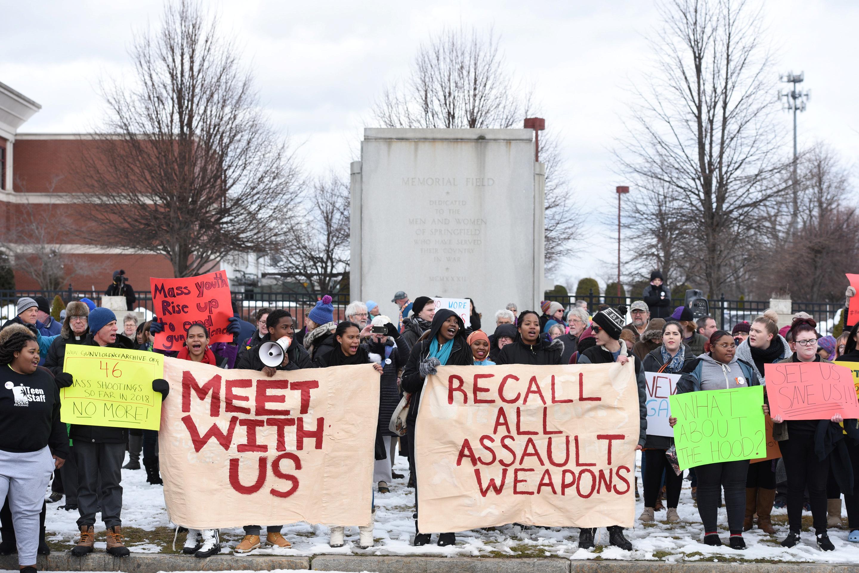 احتجاجات طلاب المدارس الأمريكية