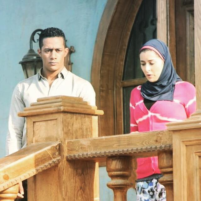 49544-عائشة-بن-أحمد-ومحمد-رمضان-فى-مشهد-من-مسلسل-نسر-الصعيد