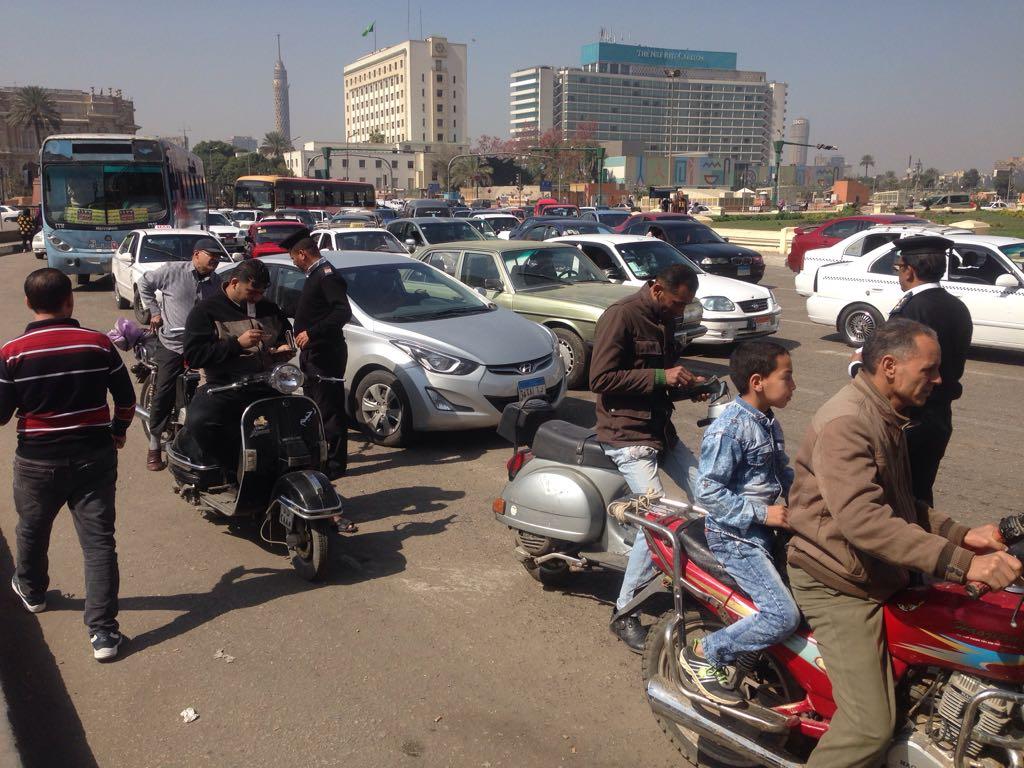 146348-امن-القاهرة-يشن-حملة-مكبرة-لازالة-الاشغالات--(3)