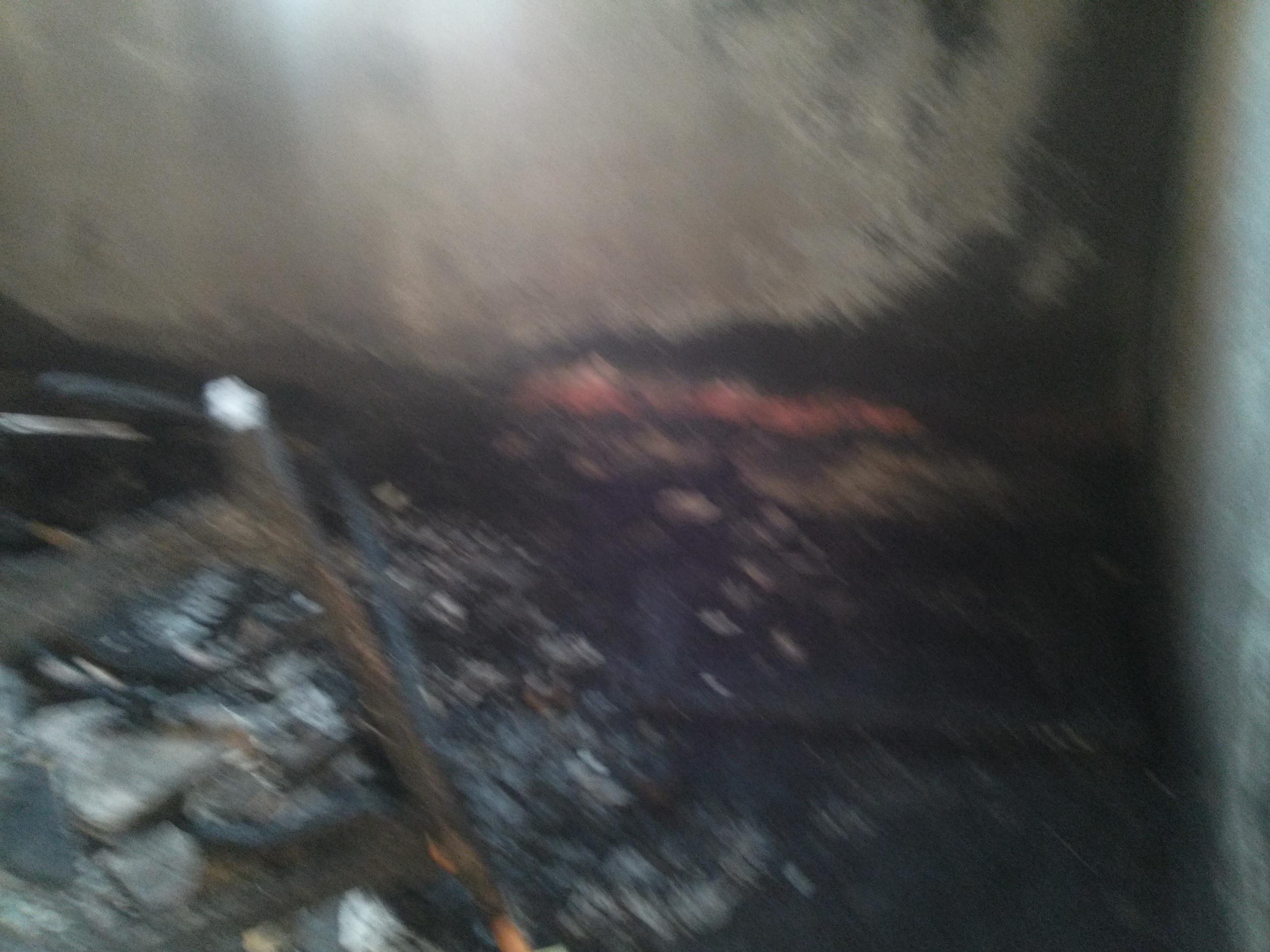 8- أثار الحريق بمنزل بقرية 17