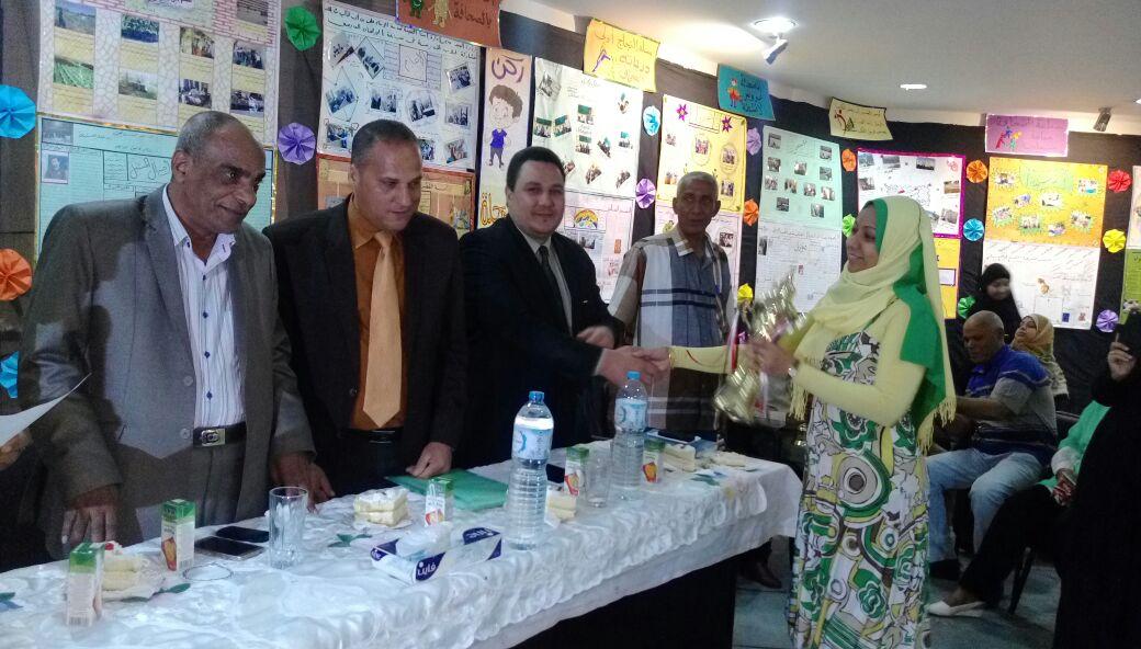 تعليم الأقصر تقيم معرضها السنوي للصحافة المدرسية بمكتبة مصر العامة بالكرنك (1)