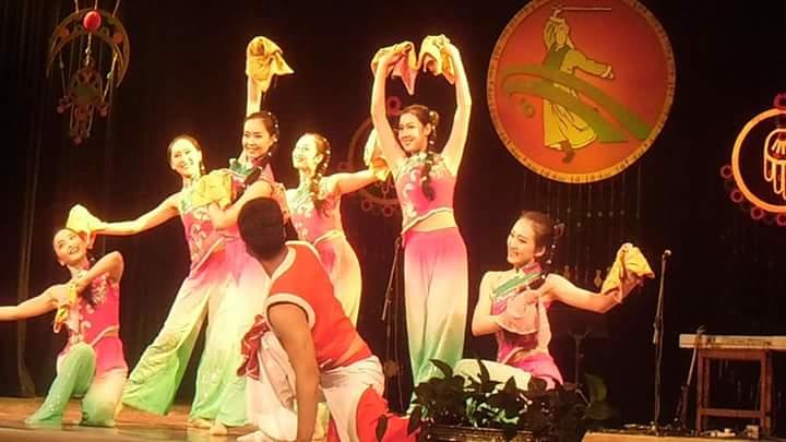 لياوينج للغناء والرقص (5)