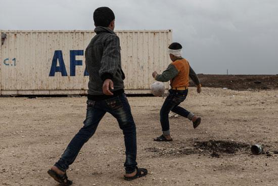 50967-صور-أطفال-سوريا-داخل-مخيمات-اللاجئين-(2)