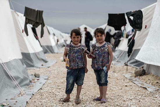 54655-صور-أطفال-سوريا-داخل-مخيمات-اللاجئين-(6)