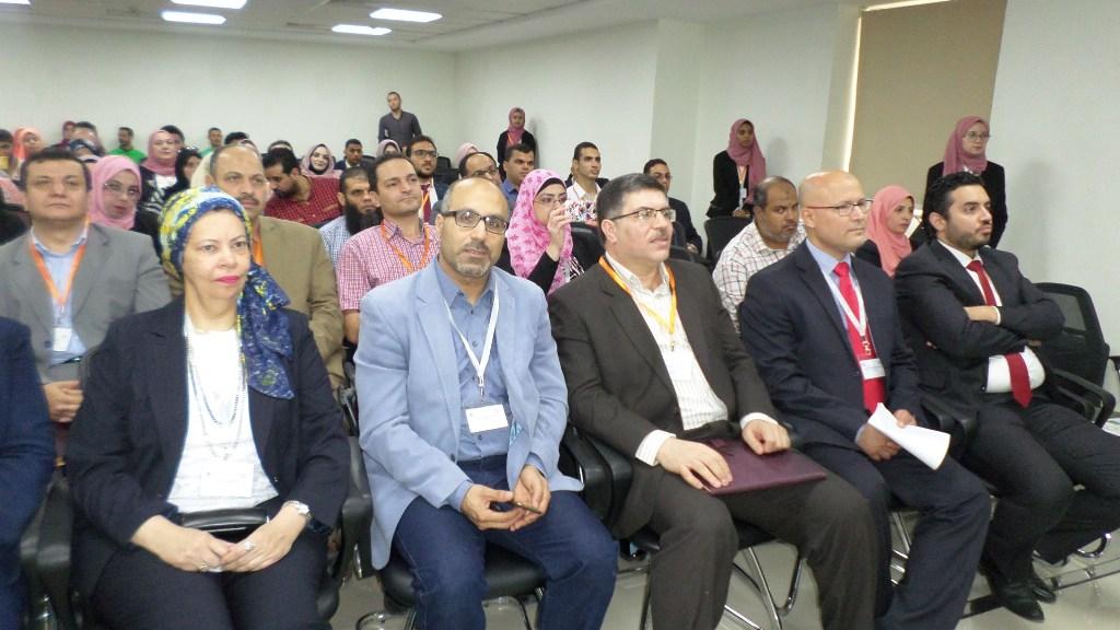 مؤتمر الحاسبات يكرمم عددا من المشاركين بالمؤتمر فى الاسماعيلية (4)