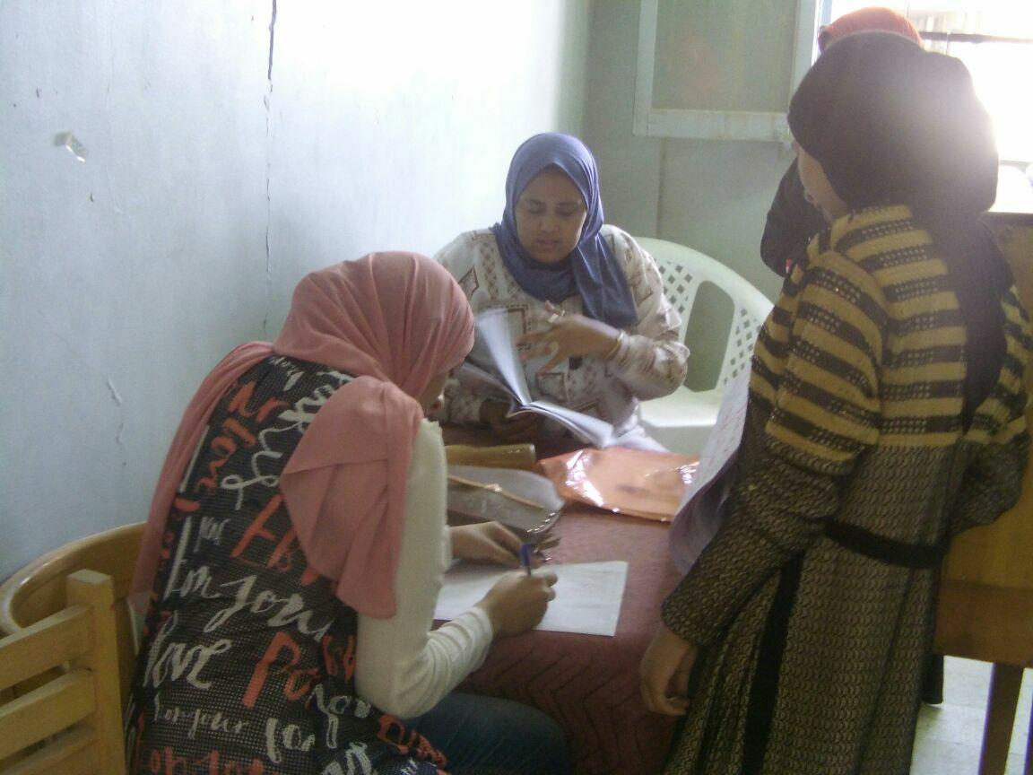 مبادرة محو أمية الكبار بأسوان (1)
