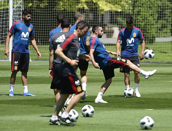 تدريبات منتخب اسبانيا (2)