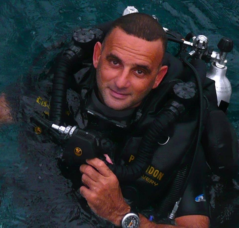 الغواص المصري خالد زكي