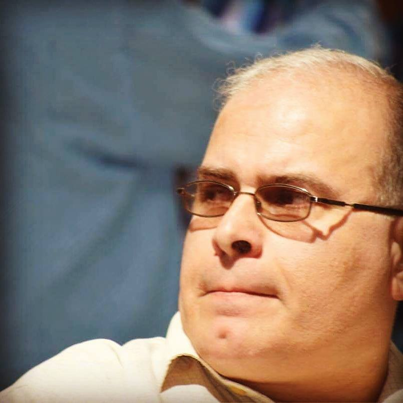 الباحث غسان حمدان