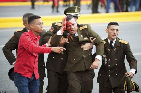 الهجوم-على-الرئيس-الفنزويلى-(9)