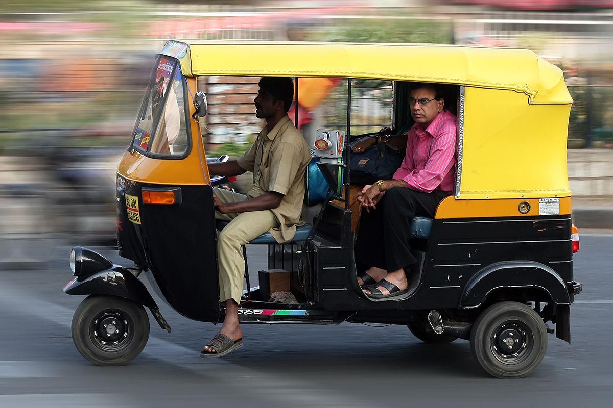 1200px-Autorickshaw_Bangalore