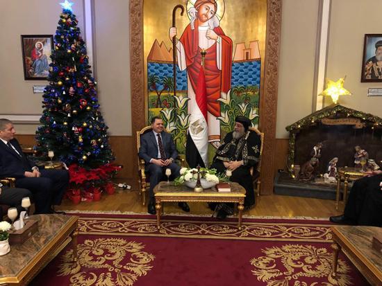 وزير الداخلية وقداسة البابا تواضروس الثانى (4)