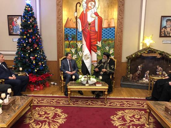 وزير الداخلية وقداسة البابا تواضروس الثانى (3)