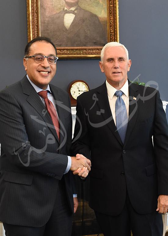 مصطفى مدبولى رئيس الوزراء مع مايك بنس نائب الرئيس الأمريكى (5)