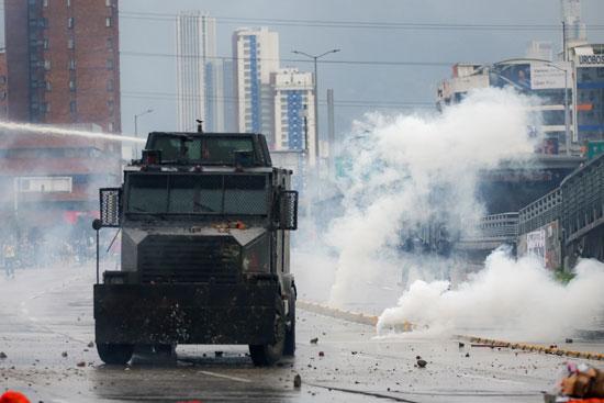 انتشار الغاز المسيل للدموع