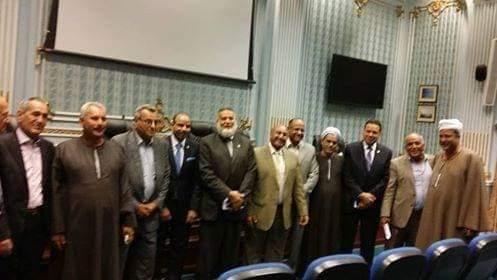 نقيب الفلاحين مع أعضاء لجنة الزراعة والرى