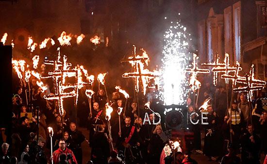احتفالات ليلة الألعاب النارية فى بريطانيا