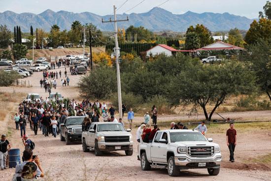 القوات المكسيكية تطارد العصابات فى الأيام الماضية