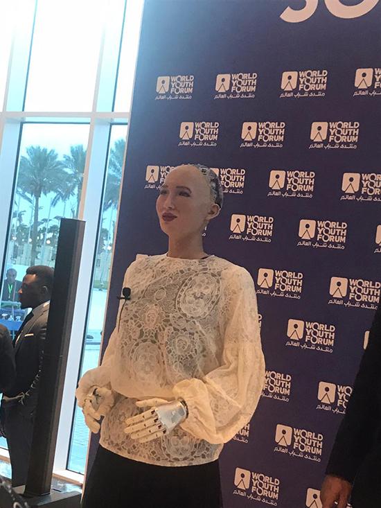 الروبوت صوفيا (11)