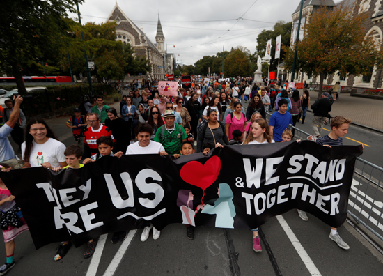 مسيرة الحب تجوب نيوزيلندا  (1)