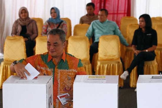 إندونيسيا (4)