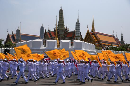 مراسم تتويج الملك الجديد فى تايلاند (5)