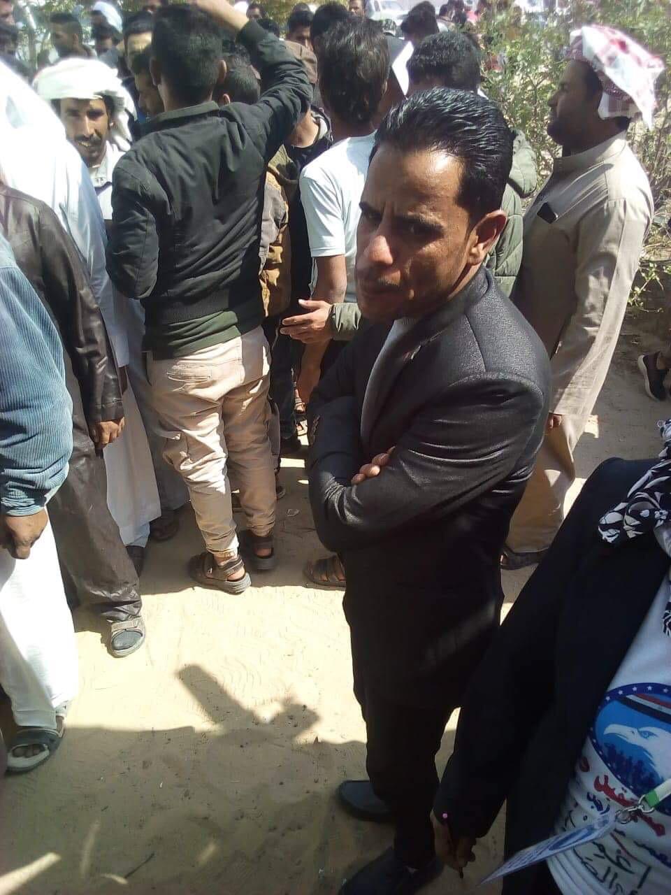 أهالى شمال سيناء المقيمين فى الإسماعيلية يصطفون بكثافة ويشاركون فى الاستفتاء (2)