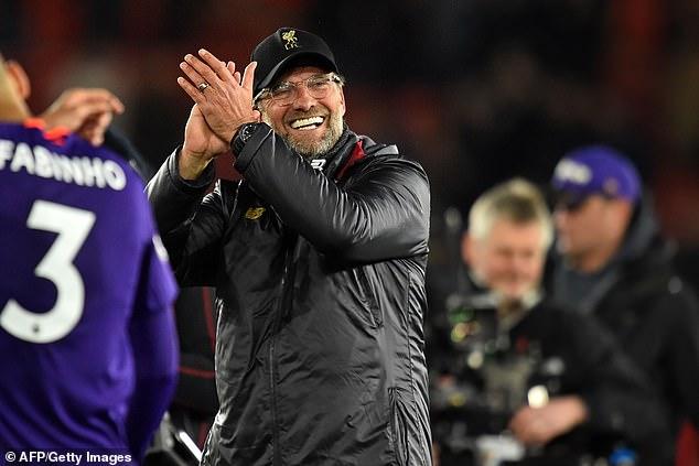 1554522092_32_Jurgen-Klopp-greets-Mohamed-Salah-after-his-brilliant-Liverpool-solo-effort-back-to-the-top